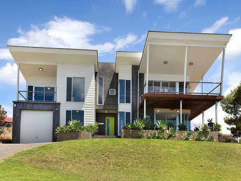 The Observatory | 9 Olivebank Crescent, Encounter Bay LUXURY ACCOMMODATION  WITH PANORAMIC SEA VIEWS Sleeps 8 in 4 Bedrooms - 2 Queen, 4 Single